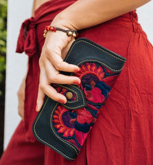 Colorful 4U Red Leather Wallet for Spring | Top Colors to wear for Spring and Summer