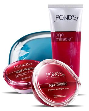 Ponds FREE Age Miracle Facewash 100g & Pouch with Age Miracle Day Cream 50g & Age Miracle Night Cream 50g
