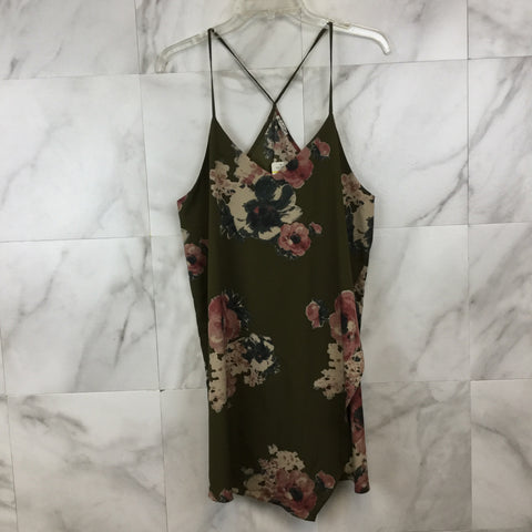 Anthropologie Akemi + Kin Flowy Floral Top- size M