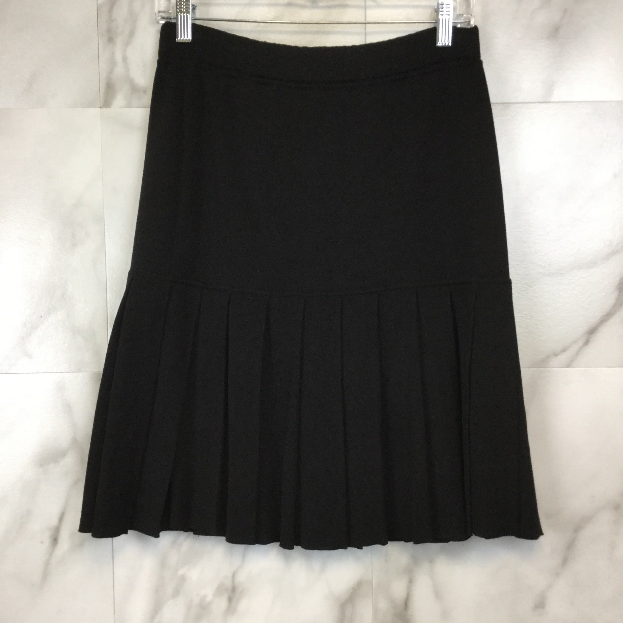 Vintage Chanel Boutique Wool Knit Pleated Skirt - size 6
