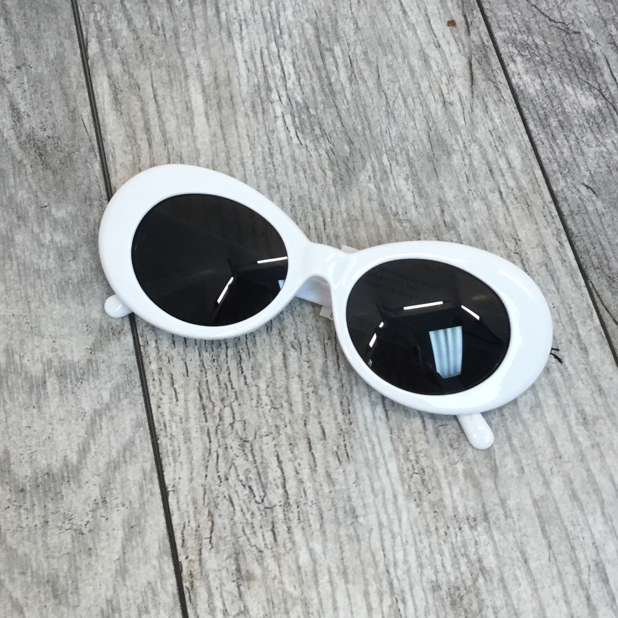 Retro Oval Frames Sunglasses - White