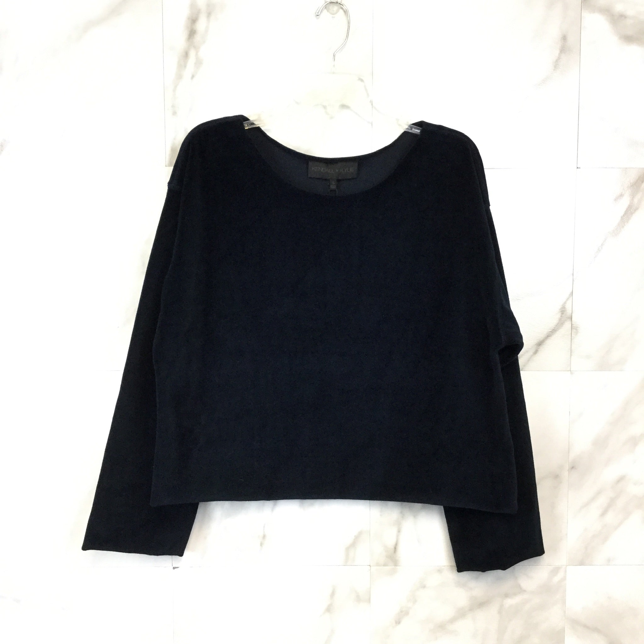 Kendall & Kylie Off Shoulder Pullover - size S