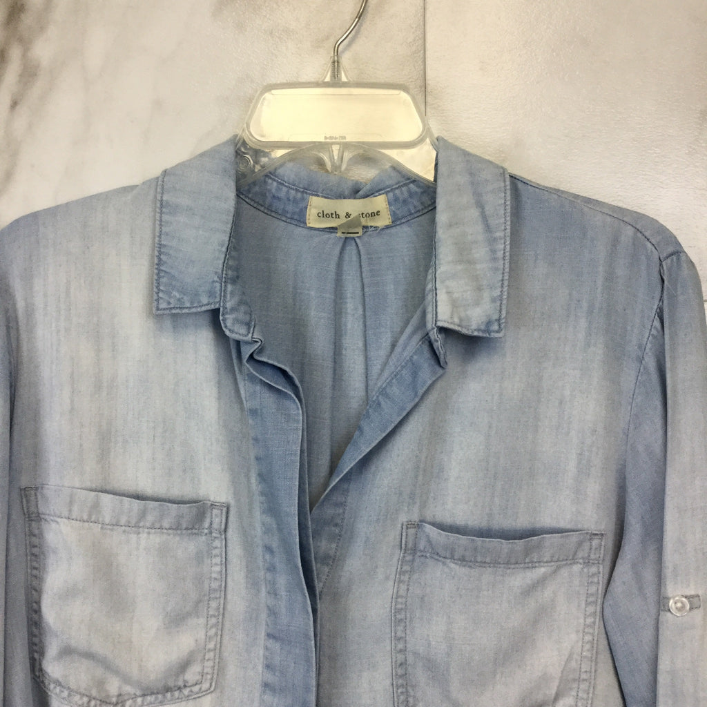 Anthropologie Cloth & Stone Split Back Buttondown - Size M