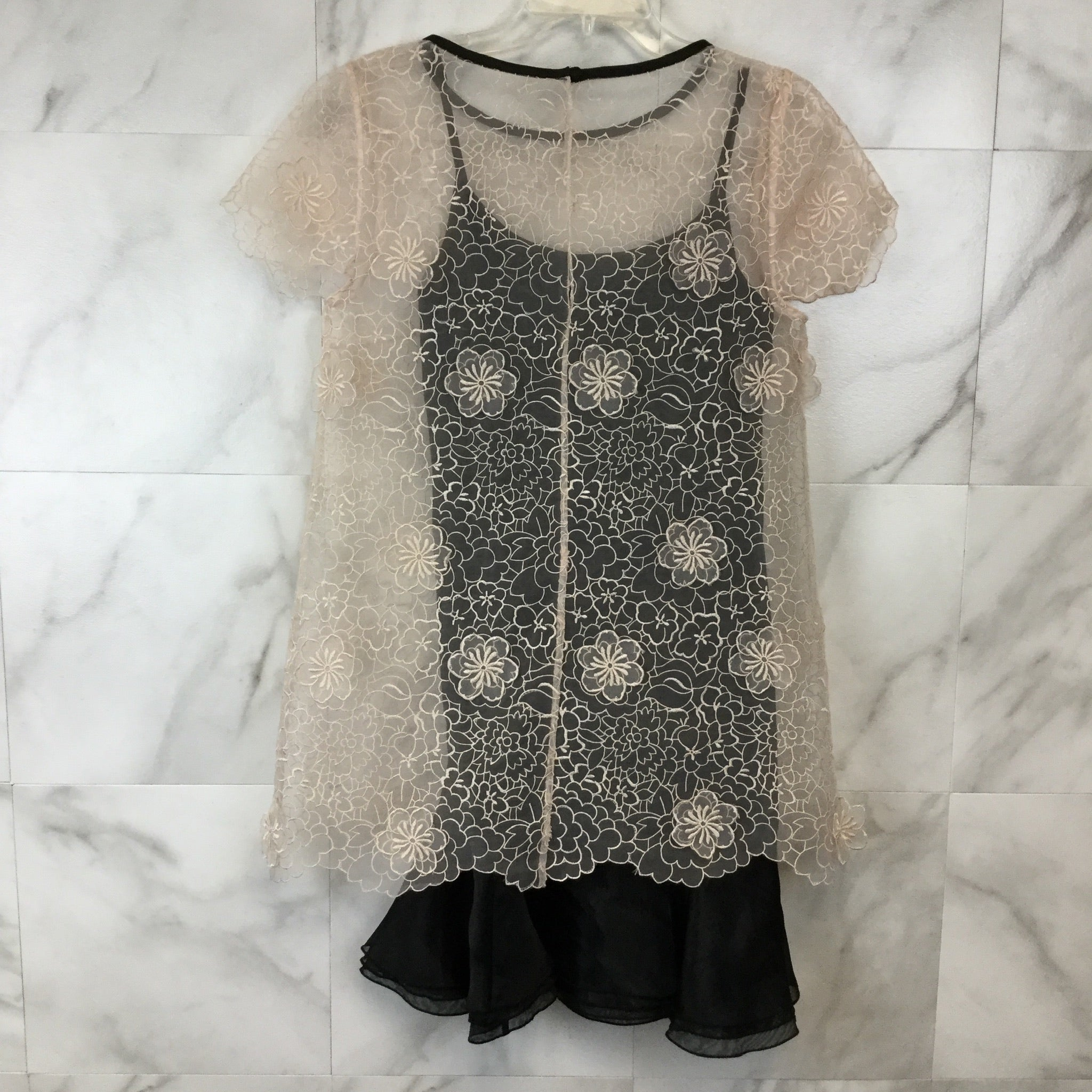 Erin Fetherston 3D Blossom Lace Popover Dress - size 6