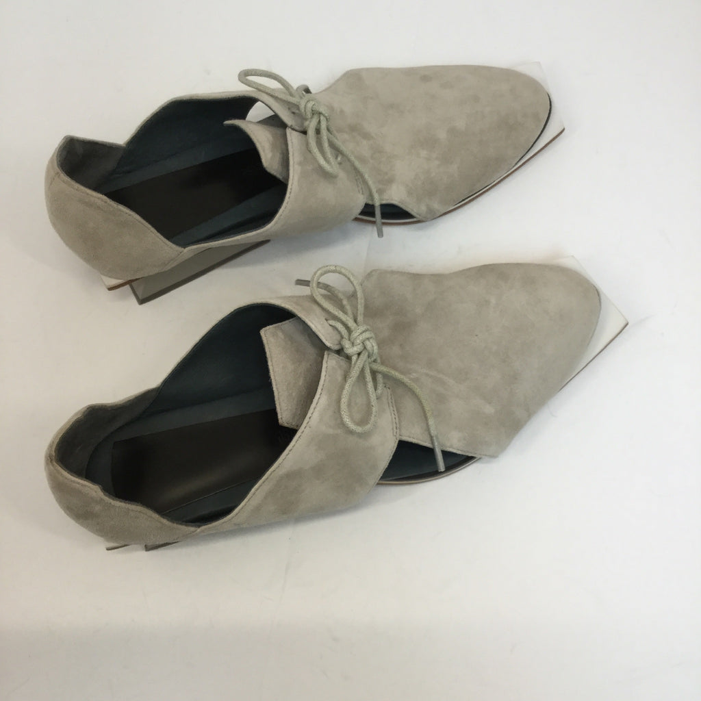 Abcense Grey Cut Out Oxford Shoes- size 37