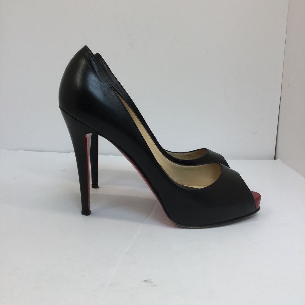 Christian Louboutin Very Prive Patent Red Sole Pump
