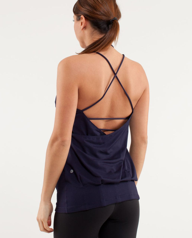 Lululemon Flow and Go Tank - size 6
