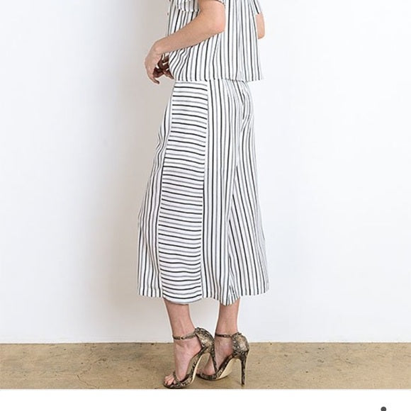 Doe & Rae Striped Off-Shoulder Set - size L