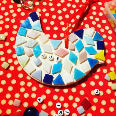 Mosaic craft workshop for children