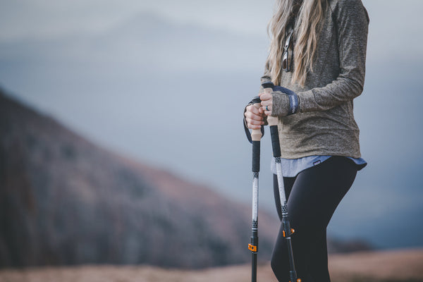 how to avoid knee pain while hiking