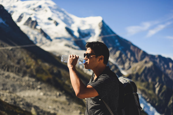 summer hiking tips how to stay cool while hiking