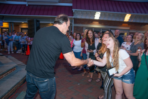 Hundreds of fans turn out for Scott Patterson Day to see 'Gilmore Girls' star in Haddonfield