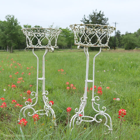 RT Pair of Standing Pedestal Planters in wrought Iron, painted white