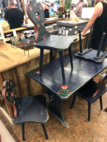 Folk Art Dining Table and Four Chairs