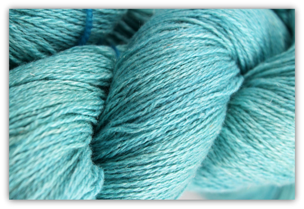 Silklin Light Fingering - 4 oz