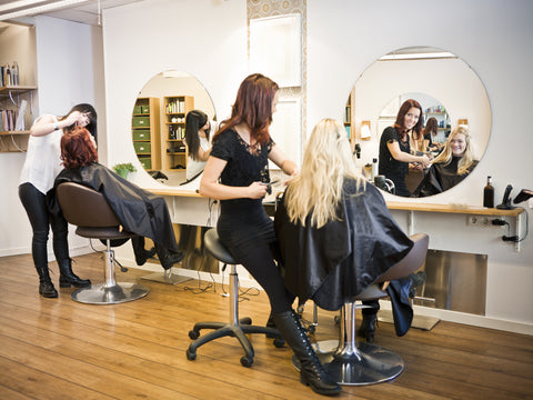 4 Benefits of Having a Portable Shampoo Sink in Your Salon