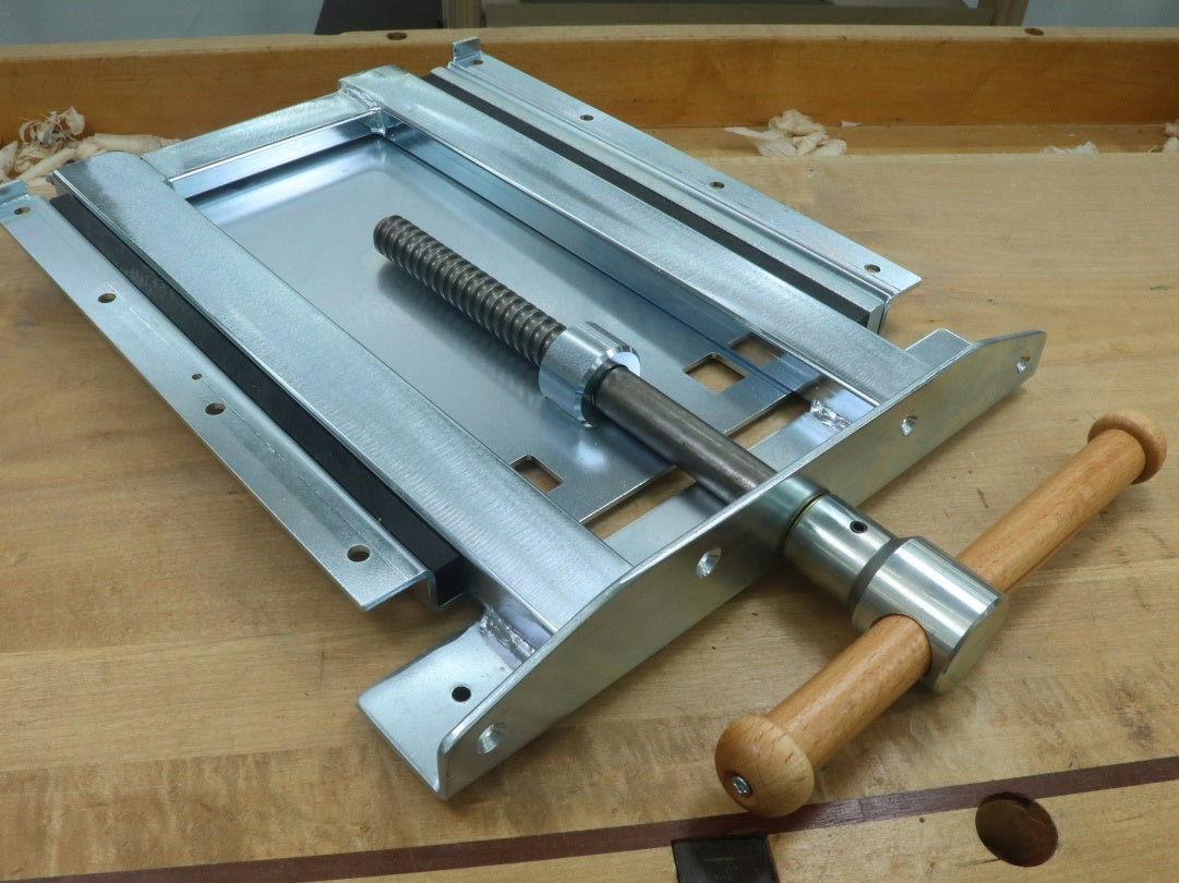 Sjoberg Adjustable Vise