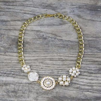Gold Floral Pearl Necklace