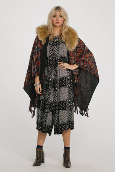 On the Hunt Poncho - steele-gray-rose