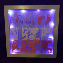 TWINS LIFE! White light up Frame
