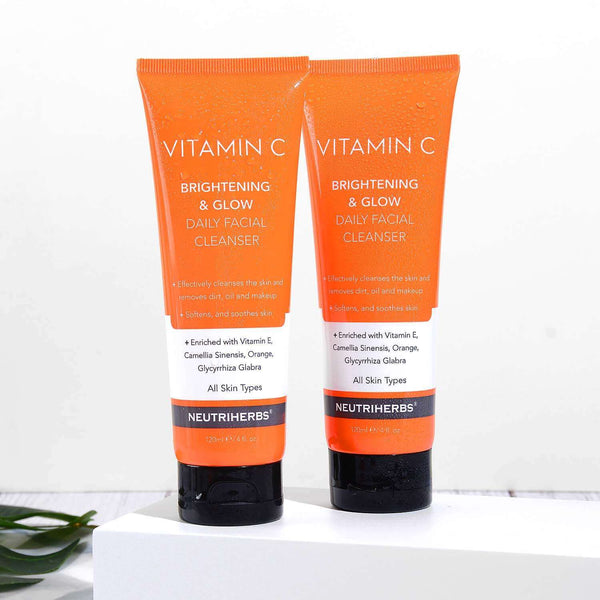 Neutriherbs Vitamin C Face Cleanser For Fresh Skin 2 in 1 set