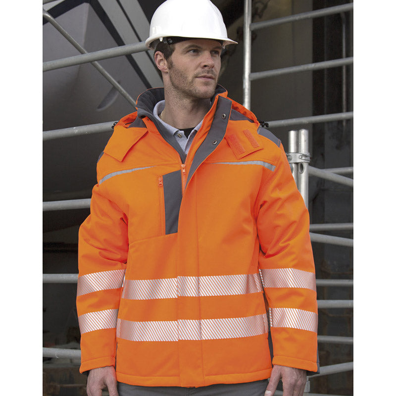 Result Safe-Guard Dynamic Softshell Coat