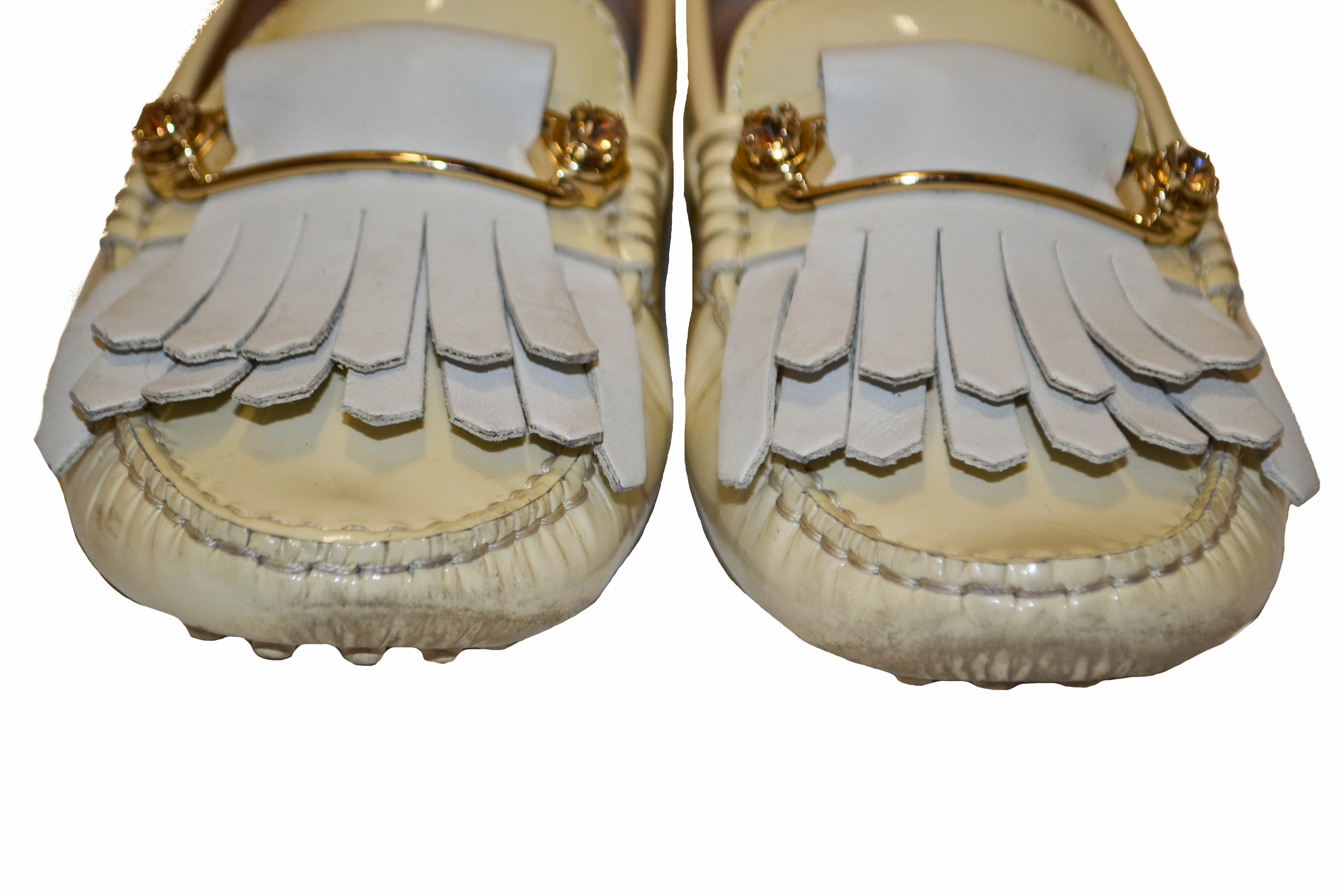 Authentic Tod's Beige Gommino Pin Patent Leather Driving Shoes Size 35