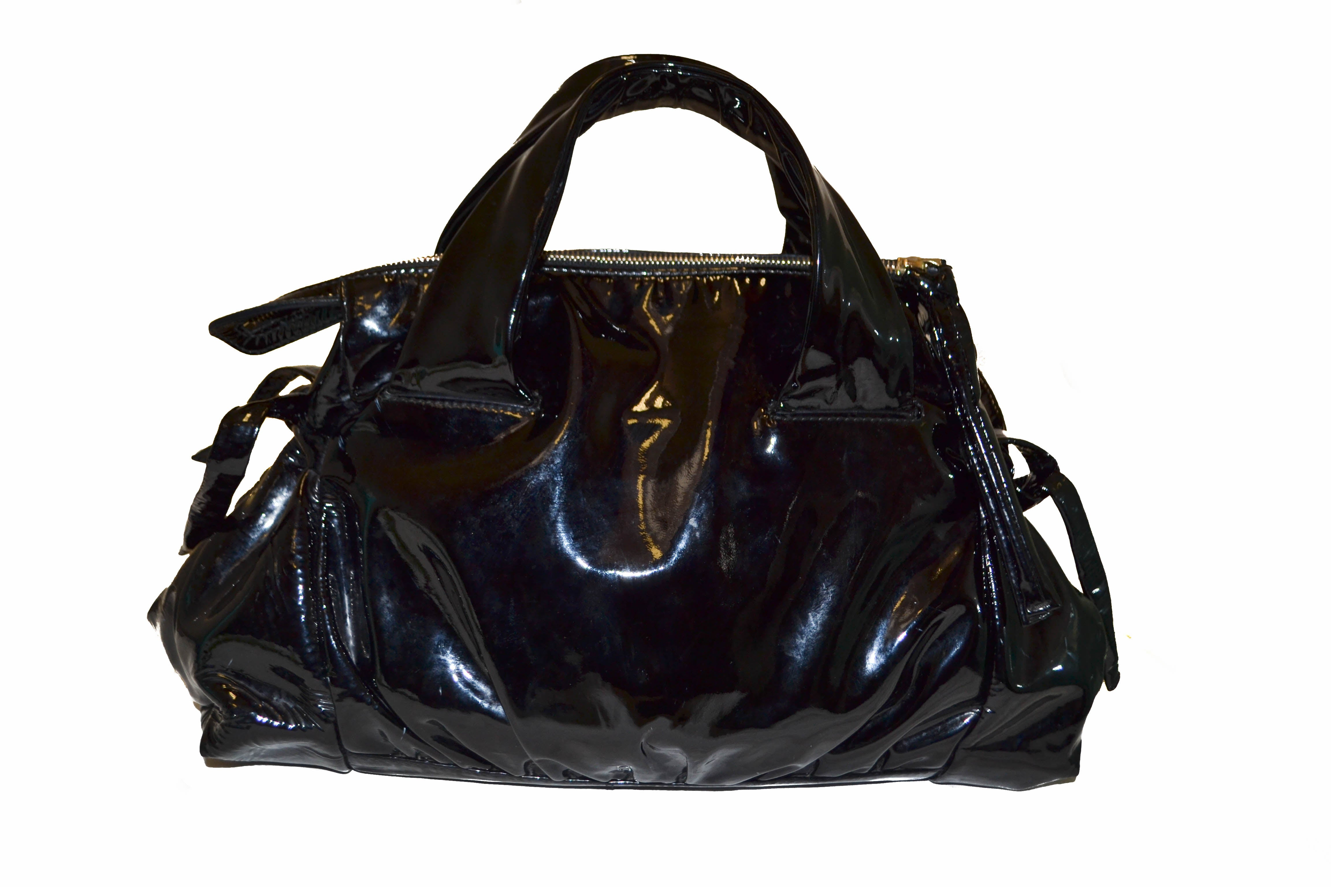 ... Authentic Gucci Hysteria Collection Black Patent Leather Handbag ... c1861eee63b45