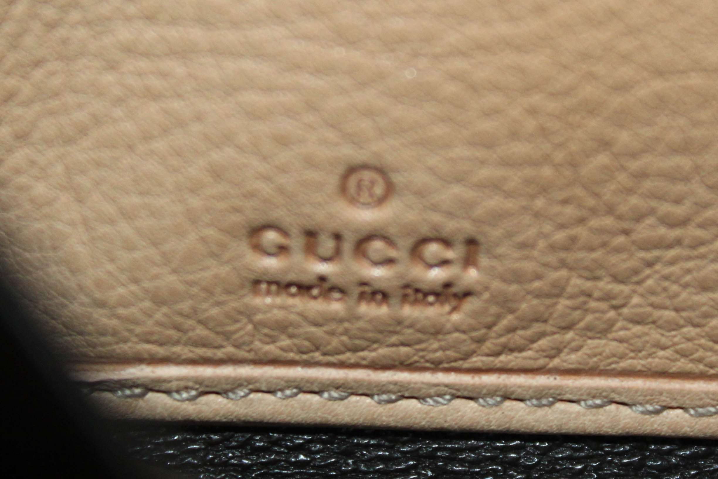 Authentic Gucci Beige Soho Leather Zip Around Wallet