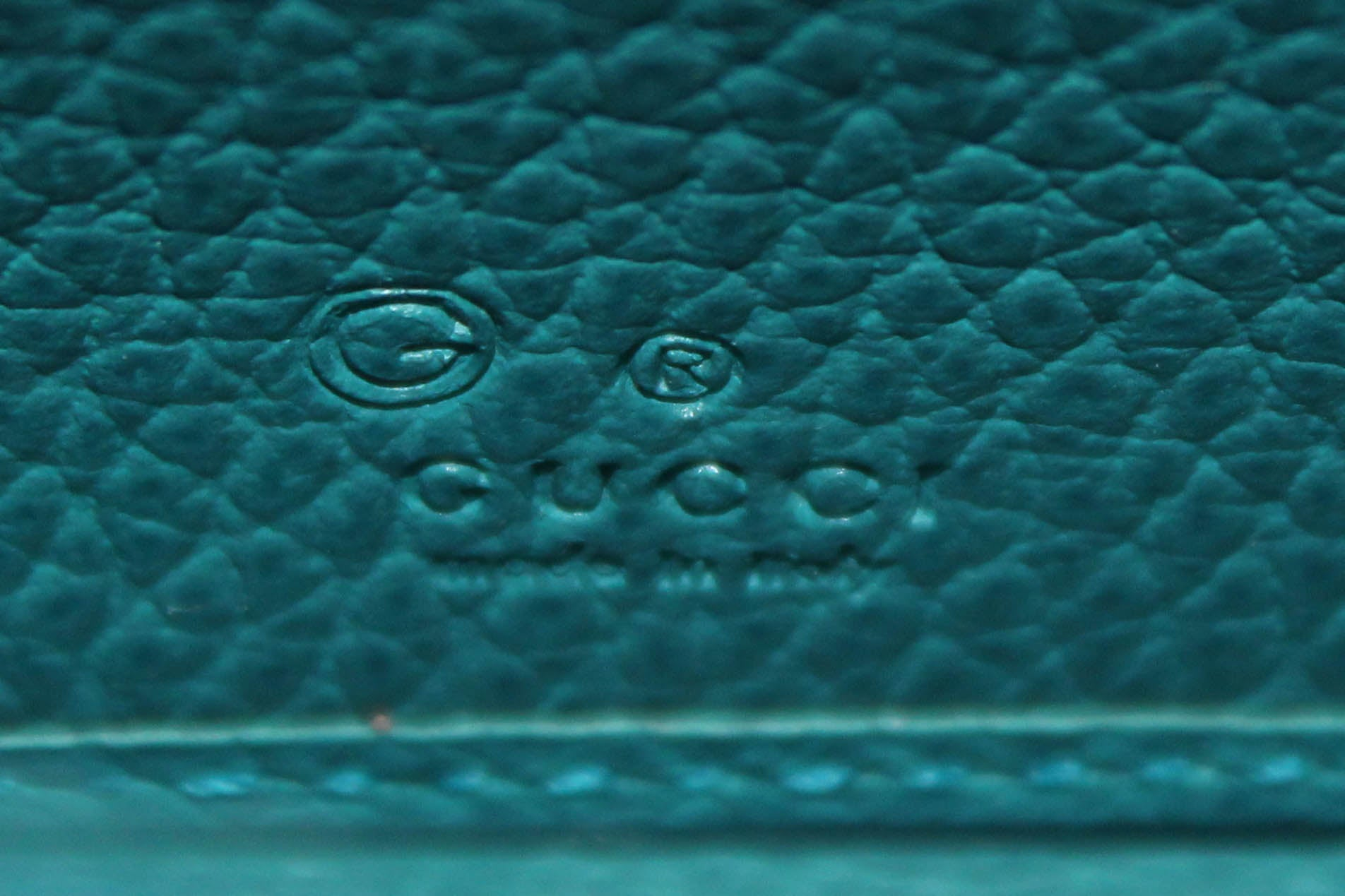 Authentic New Gucci Blue/Brown GG Fabric Canvas Zip Wallet