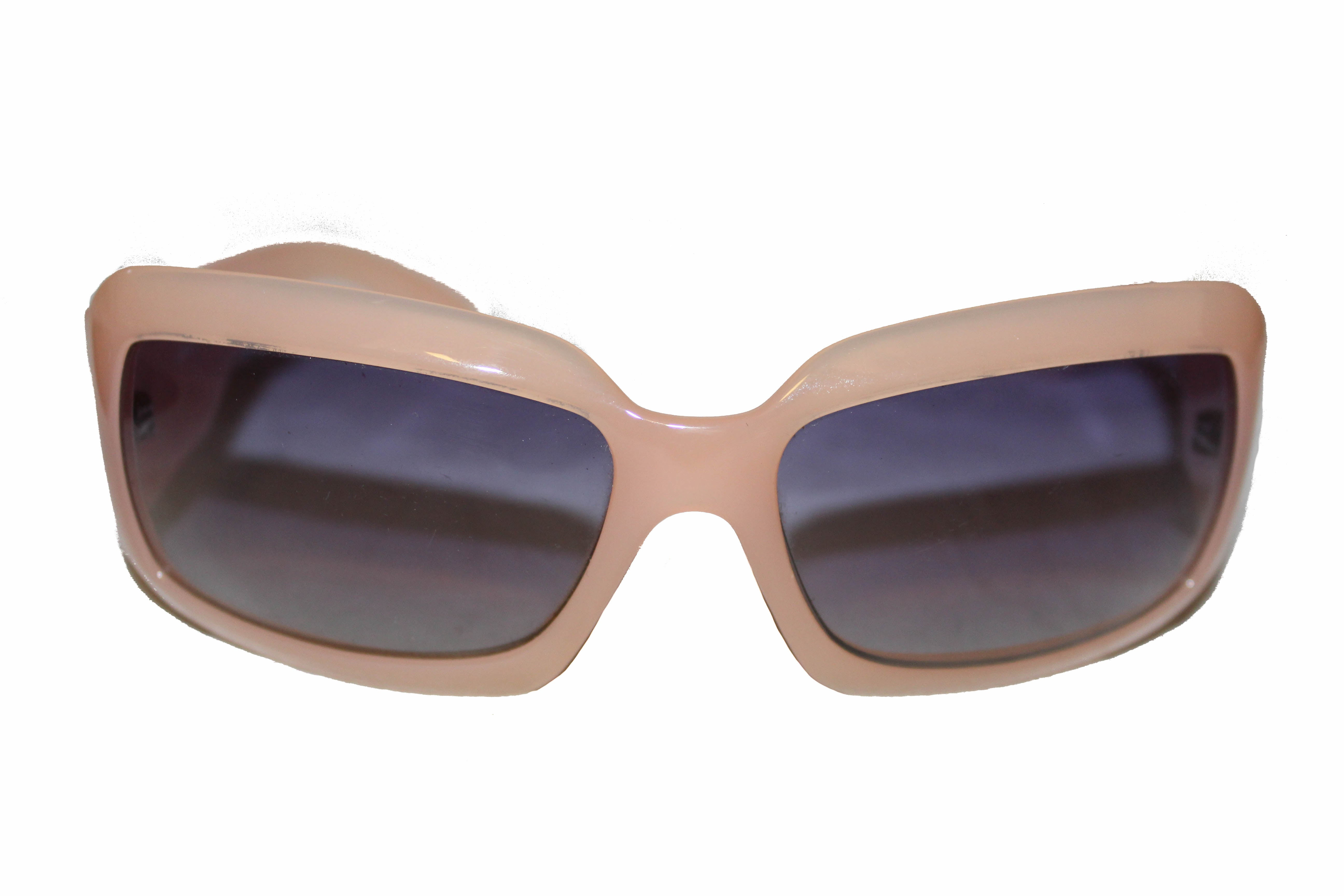 Authentic Chanel Light Pink Frame CC Mother of Pearl Sunglasses 5076-H