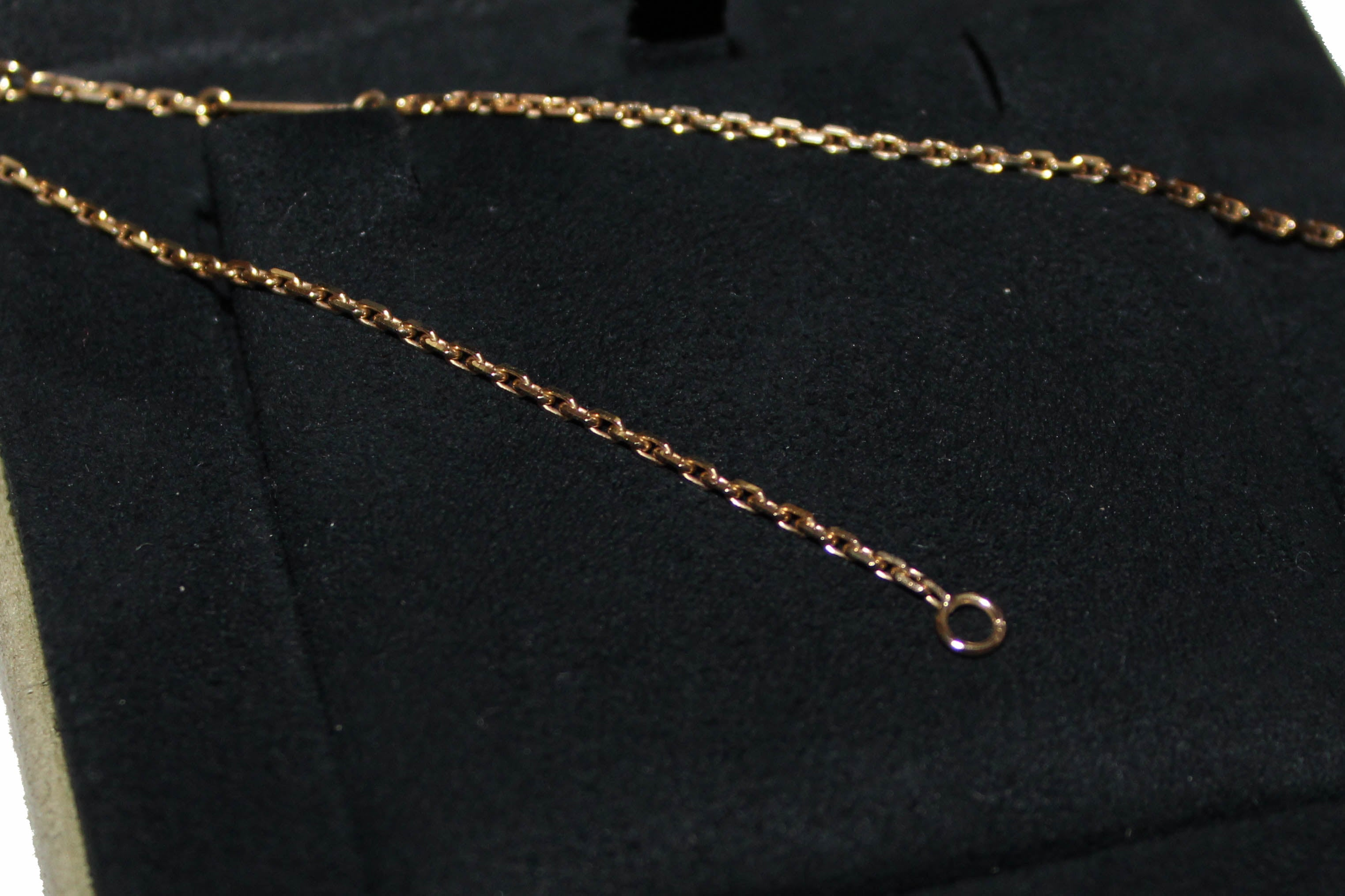 Authentic Van Cleef & Arpels Yellow Gold AU750 Magic Alhambra Long Necklace