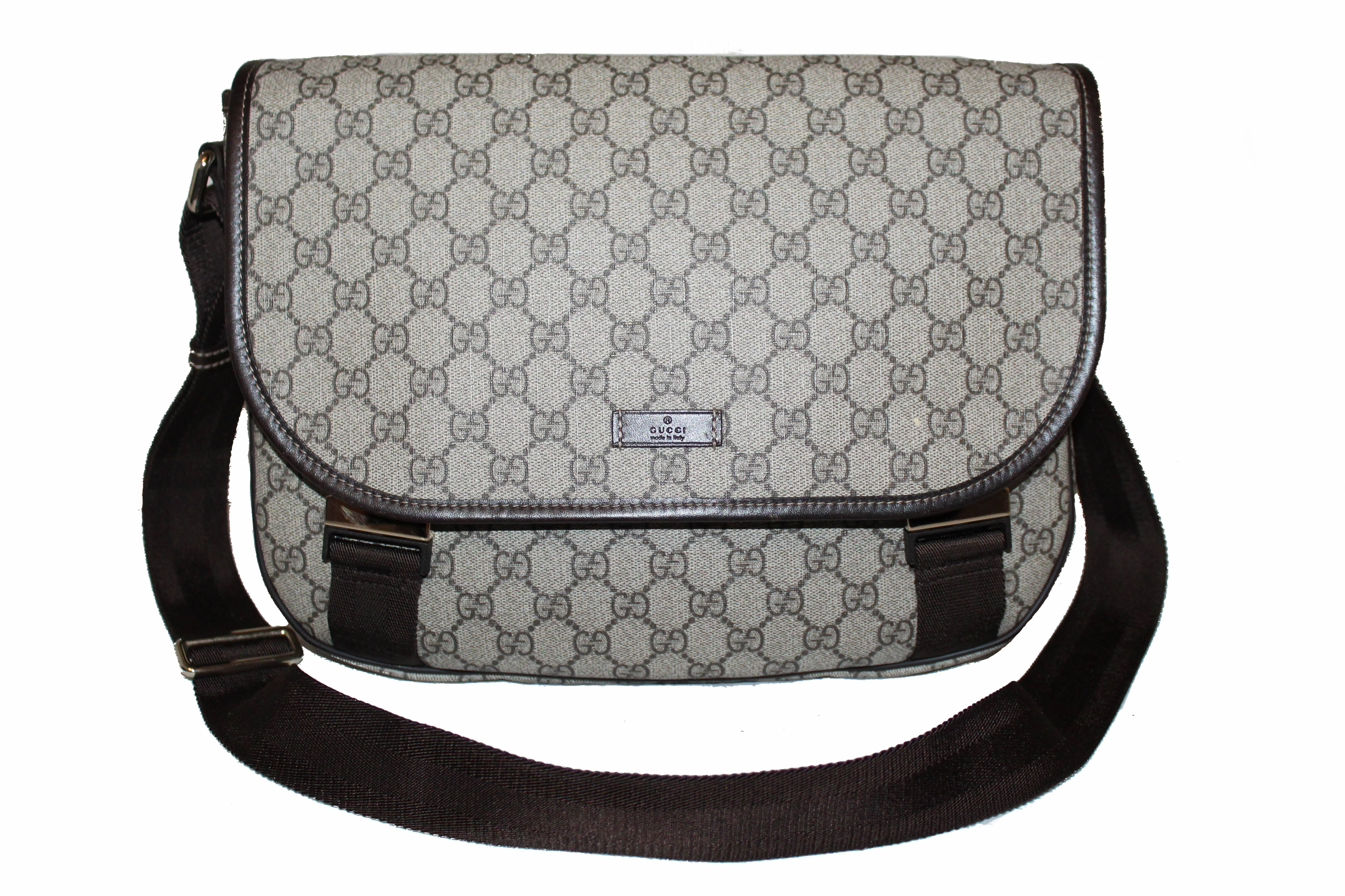 Authentic Gucci Beige/Ebony GG Coated Canvas Large Messenger Bag