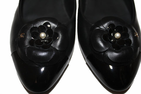 Authentic New Chanel Black Pointed Toe Camelia Flats Size 37.5