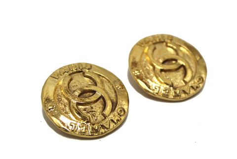 Authentic Chanel Vintage Gold Plated Classic CC Clip on Earrings