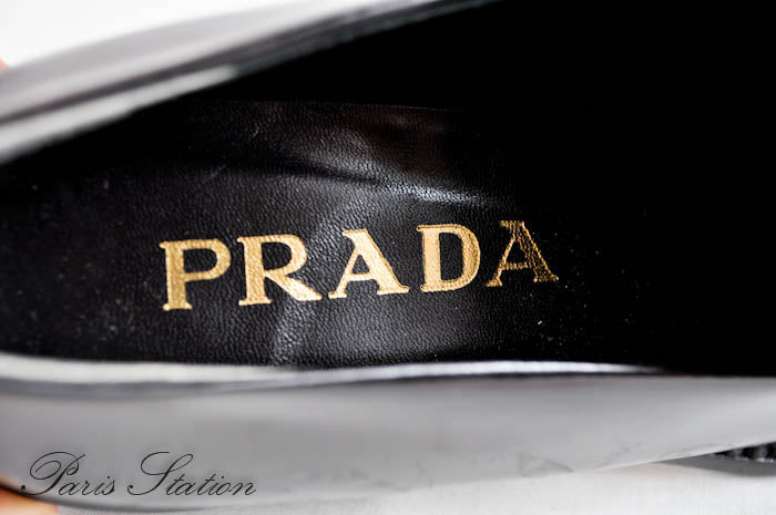 Authentic Prada Black Patent Leather Shoes Size 5/35
