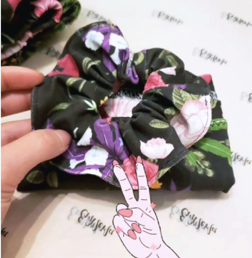 Matching Scrunchie!