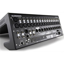 Allen & Heath Qu16 22-In/12-Out Digital Mixer