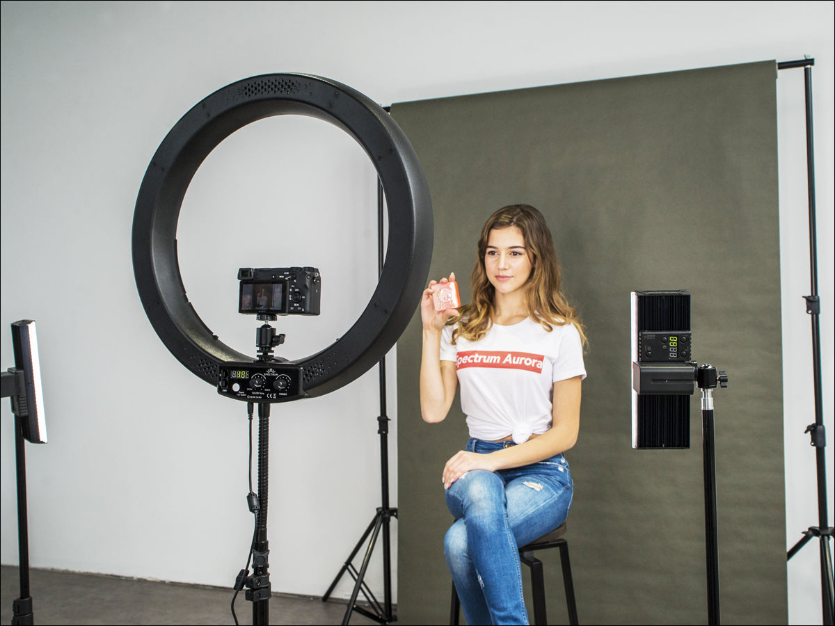 Makeup Ring And Lights: What Is A Ring Light & Why Should I Use It?