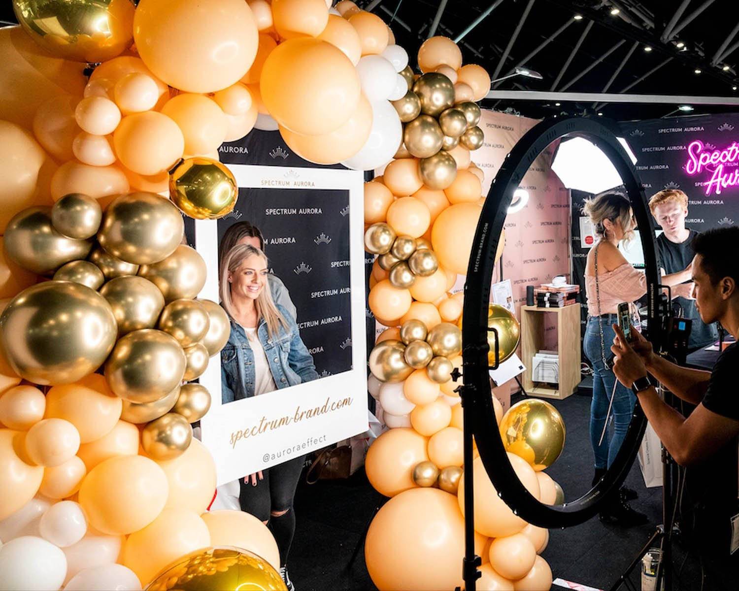 "Giant Photo Booth Wedding & Events 47"" LED Ring Light - Aurora Max"