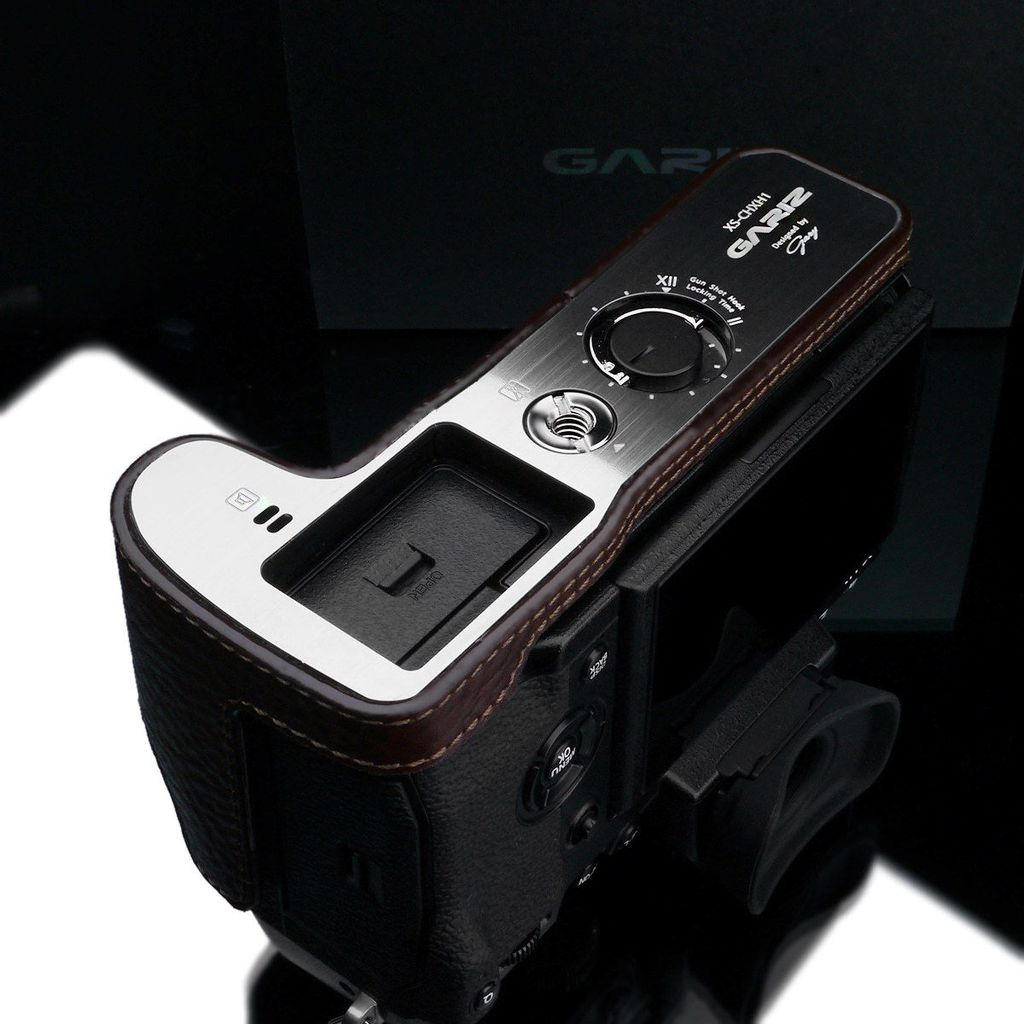 Gariz XS-CHXH1BR Leather Camera Half Case Brown for Fujifilm X-H1