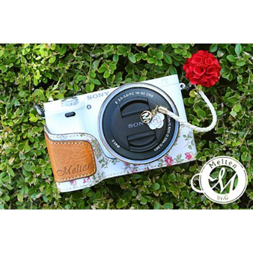 Melten Camera Half Case for Sony A6000 - White Flower