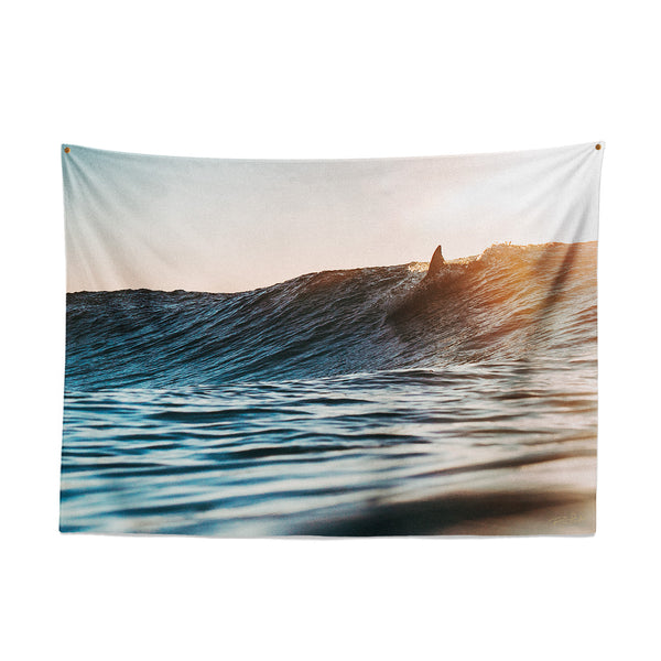 SUNDAY SURF — Wall Tapestry