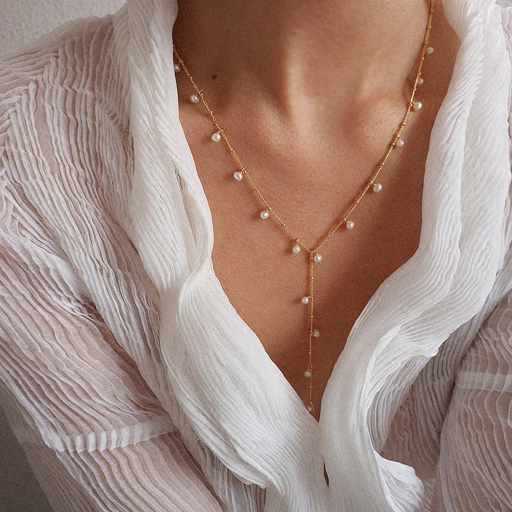 DAINTY PEARL NECKLACE 2.0