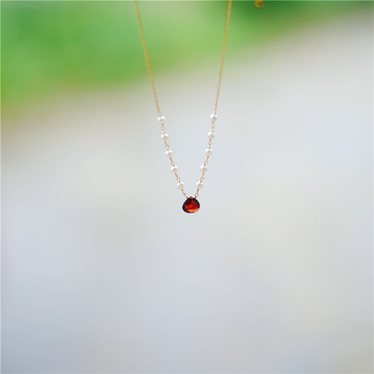 PYROPE GARNET PEARLY NECKLACE