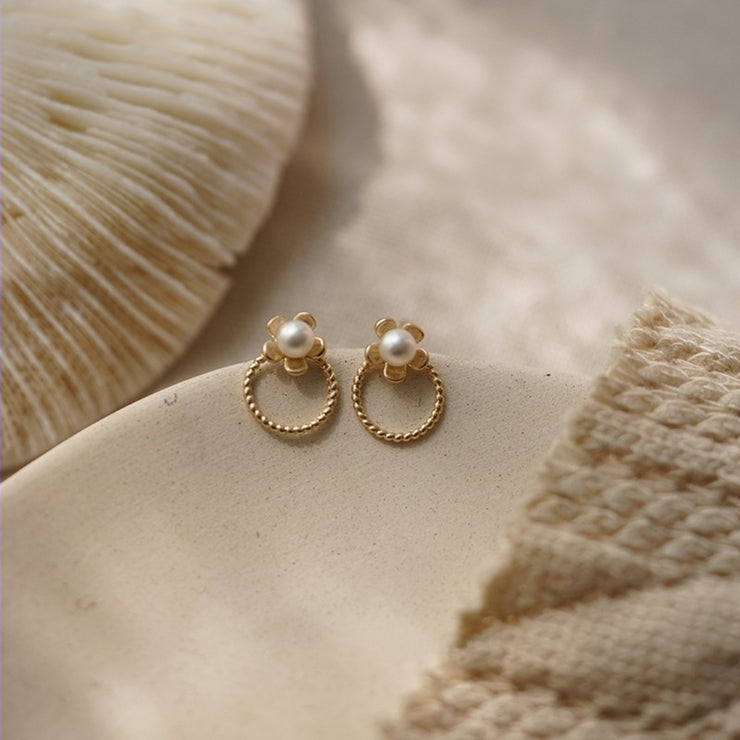 BLOOMING FLOWER PEARL STUDS