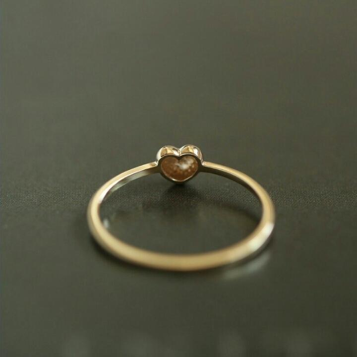 HEART OF GOLD RING (9K GOLD)