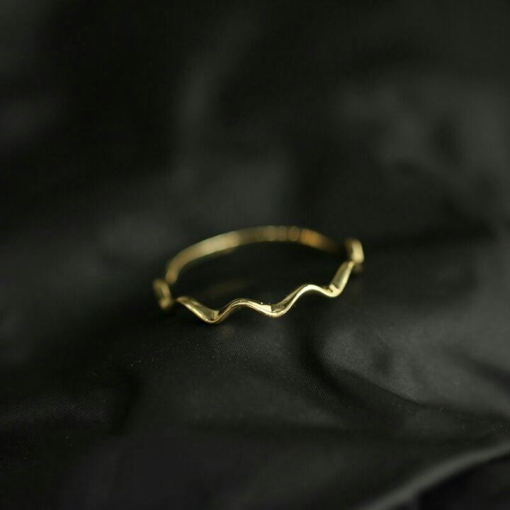 WAVY WAVES RING (14K GOLD)