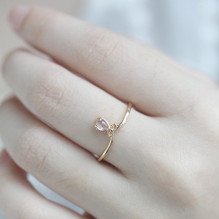 MOONSTONE DROPLET RING