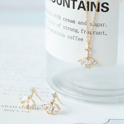BALLERINA NECKLACE & EARRINGS SET